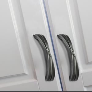 דלתות למטבחים ורהיטים
